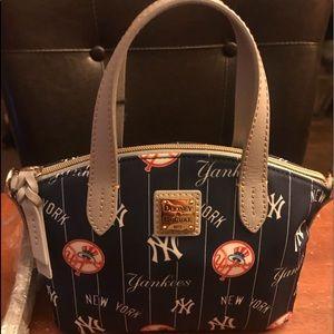 NWT Dooney & Bourke NY Yankees
